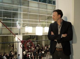 """Amat Escalante, director de """"La región Salvaje"""", nominado a Mejor Película, Director y Guión original. Héctor Holten, nominado a Mejor Actor de Cuadro por """"El vigilante"""". Foto: Sergio Raúl López."""