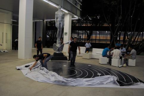 El montaje del escenario para la fotografía oficial del LX Ariel en los Estudios Churubusco. Foto: Pedro González Castillo.